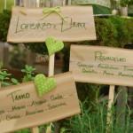 Allestimento tableau con legno ed erbe aromatiche - Pepe Rosa Eventi